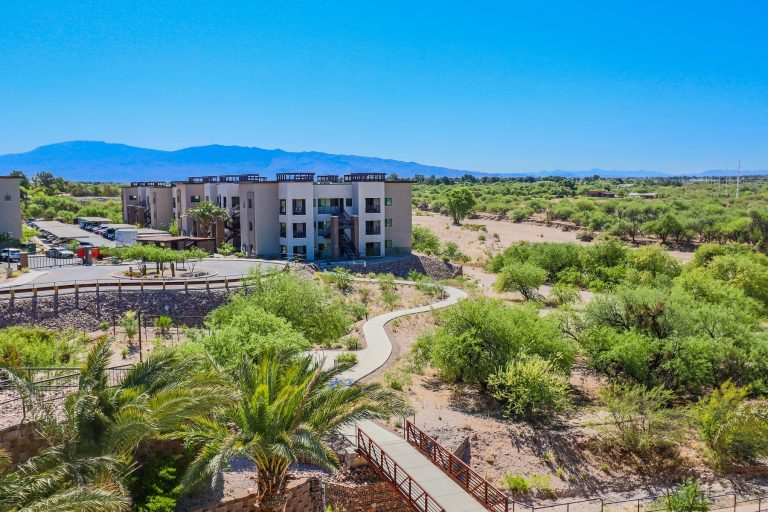THE PLACE AT RIVERWALK Tucson Apartments (10)