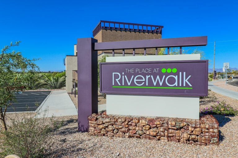 THE PLACE AT RIVERWALK Tucson Apartments (2)