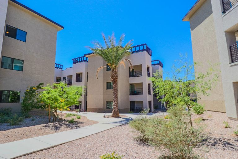 THE PLACE AT RIVERWALK Tucson Apartments (24)